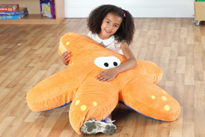 https://www.eduplanuae.com/twinkle-starfish-giant-floor-cushion